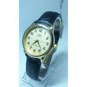 Relógio Feminino Original Marca Q & Q Pulseira Couro Preta.