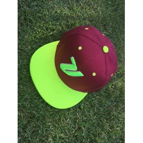 Gorras Snapback Personalizados - Vestuario y Calzado en Mercado ... 1415421445a