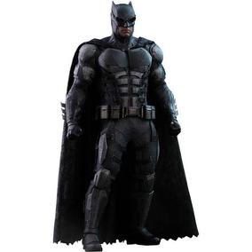 Batman Tatico Hot Toys