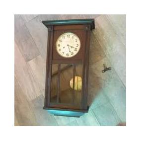 83142505fb91 Reloj Antiguo De Pared Con Pendulo A Cuerda. Funcionando - Relojes ...