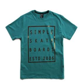 Camiseta Simple Skate Estd 2006