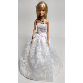 Roupas Para Boneca Barbie ( Vestido + 1 Par De Sapatinho)