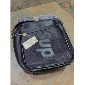 66c58e34a Bolso De Mano Hombre Louis Vuitton Clon - Equipaje y Bolsas en ...