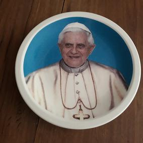 Artigo Religioso Prato Rosto Papa Aposentado