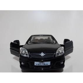 Miniatura Vectra Opel Opc Preto Rmz 1/32
