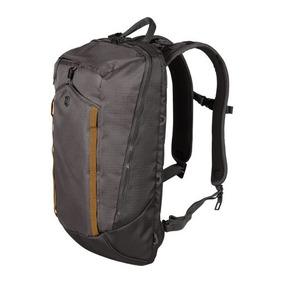 Mochila Victorinox Compact Laptop Backpack 602139