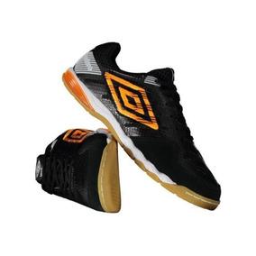 Chuteira De Futsal Couro - Chuteiras de Futsal para Adultos no ... 2c8c79dd42939