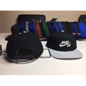Gorro Snapback Nike Sb Original Nuevo Negro Visera Gris 09bb1be0858