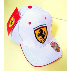 Lindo Bone Scuderia Ferrari Santander - Bonés para Masculino no ... ed1aeea95ad