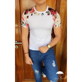 Playera Slim Fit Blanca Rosas Colores Moon & Rain Tiendas P