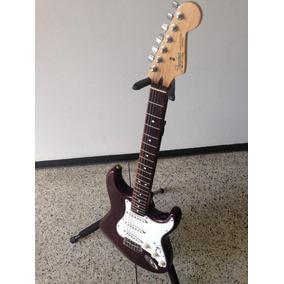 Guitarra Eléctrica Fender Strato