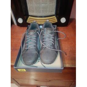 Zapatillas Cat Urbanas Hombres - Zapatillas Hombres en Mercado Libre ... c21445260add9