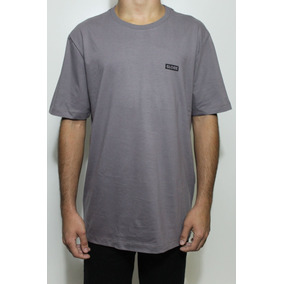 Camiseta Roxa Lisa - Camisetas Manga Curta para Masculino no Mercado ... fc1acc56dbb5d