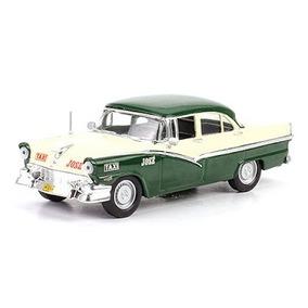 Taxis Del Mundo - Ford Fairlane 1956 La Habana