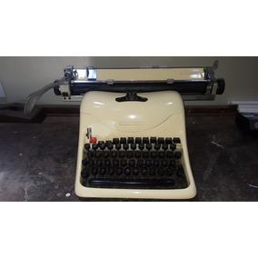 Maquina De Escrever Antiga Olivetti Decada 60 (only Wood)