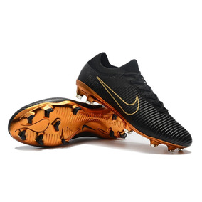 96612abe58c02 Tacos De Futbol Nike De 500 Pesos Para Bajo - Tacos y Tenis de ...