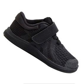 b44274e4ec6 Tênis Nike Infantil Revolution Pto Menino 943304004 Original