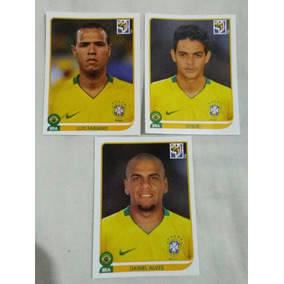 Três Figurinhas Do Brasil Copa 2010