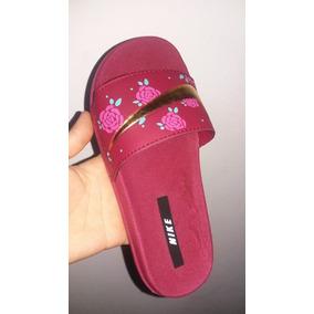 de8ef4d69a 12 Pares Sandália Nike - Calçados