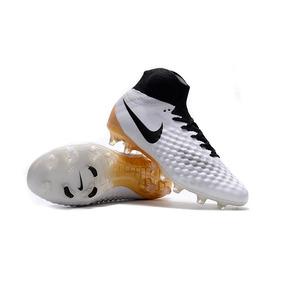 Chuteiras Campo Nike Botinha Magista - Chuteiras Nike de Campo para ... a42fc82e20493