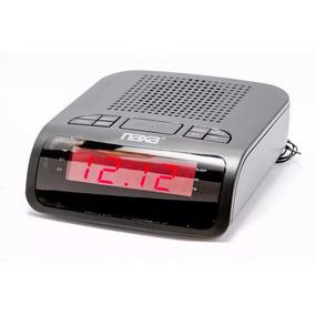 Rádio- Relógio Digital Am/fm Com 2 Alarmes Nrc-174