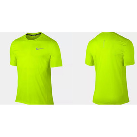 2da6b351da Camiseta Amarela Nike Dry Miler Running