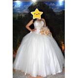 Vestido De Xv Color Beige Con Dorado Seminuevo