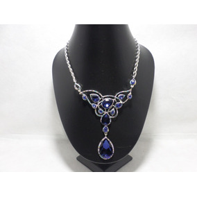 Elegante Collar En Rodio De Piedras Azules De Cristal