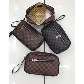 e9e6dc1dd Sobaqueras Para Hombre Louis Vuitton - Bolsas de Hombre en Mercado ...