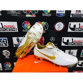 Taco Tiempo Ronaldinho - Tacos y Tenis Césped natural Nike de Fútbol ... 6b295f6b250c4