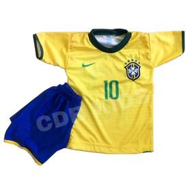 Calção Seleção Brasileira - Roupas de Futebol no Mercado Livre Brasil db678211537a9