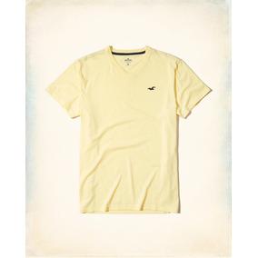 a70e859a09 Camisetas Masculinas Hollister - Camisetas e Blusas no Mercado Livre ...
