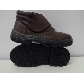 217d34c23a309 Botina Com Velcro Bracol - Sapatos no Mercado Livre Brasil