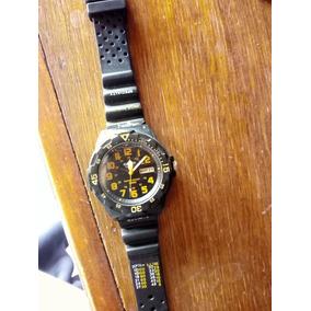 Reloj Casio Color Negro