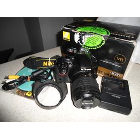 Cámara Nikon D3300 Impecable 24.2mp Con Lente 18.55mm.