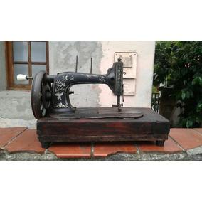 Máquina Antiguidade De Costura A Manivela