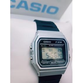 Reloj Casio Negro Con Plata Caucho Vintage