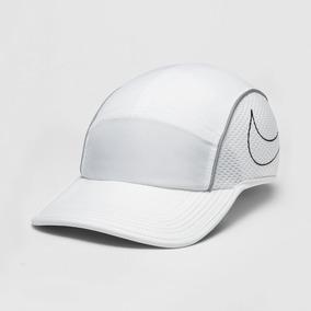 Boné Nike Rf Hybrid Cap Branco Cinza E Preto - Bonés no Mercado ... 97b1593ff3c