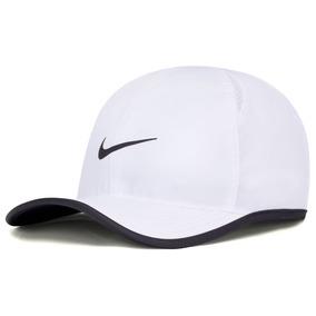 Boné Nike Feather Light Branco E Preto - 100% Original