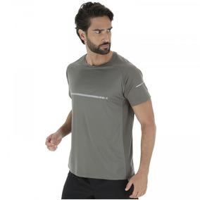 51dba69176 Camiseta Oxer Refletive Run - Masculina - Cor Cinza Escuro