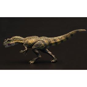 Dinossauro Ceratossauro Realista