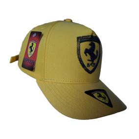 Boné Ferrari Strapback Fita Amarelo Scuderia Ferrari F1 684c884560f
