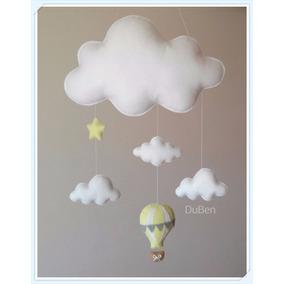 Nuvem De Feltro Com Nuvens Estrela E Balão Amarelo