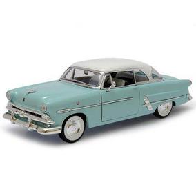 Ford Crestline Victoria 1953 - Welly
