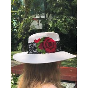 Sombrero De Moda. Sombrero Decorado. Sombrero Para Dama. 4247cf4d329