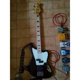 Bajo Fender Jaguar Fretless Modern Player