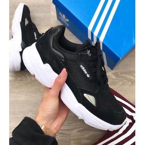 best authentic 23eb6 cf37a Zapatillas adidas Adi Falcon Negras De Dama Originales