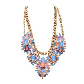 Collar Flores Pastel Coral, Azul Y Blanco