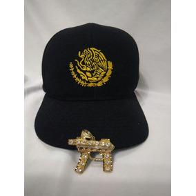 Gorra Negra Escudo De Mexico Y 1 Dije De Un Ak47 Recortado fb69c7fd55a