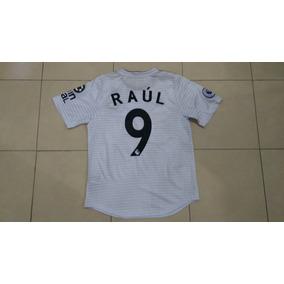 6388cb804e919 Playera Wolverhampton Raul Jimenez Visita Corte De Jugador.